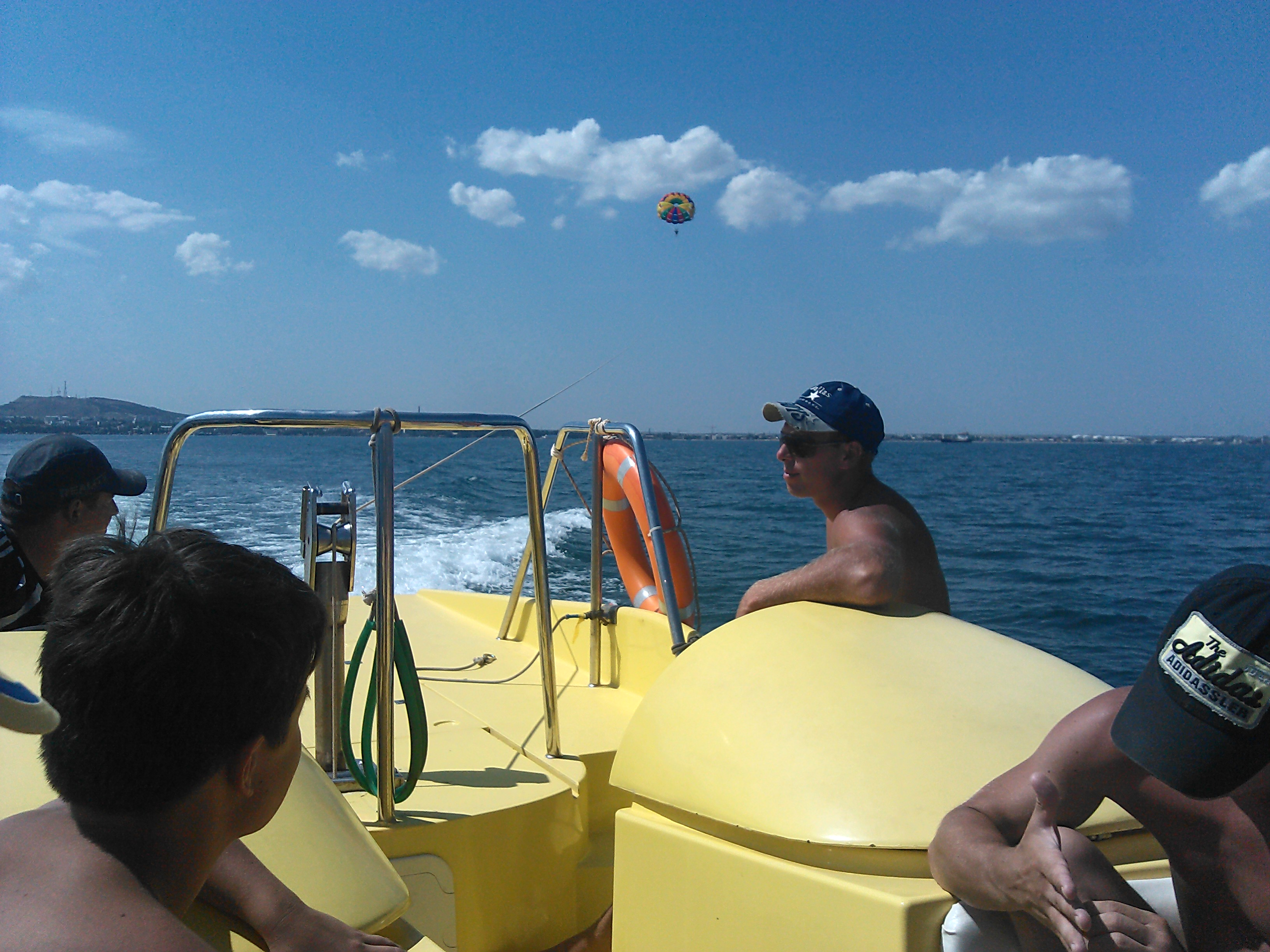В море на парашюте (Феодосия) 5